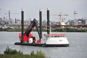 E-Dredger Albatrosh by Herbosch-Kiere
