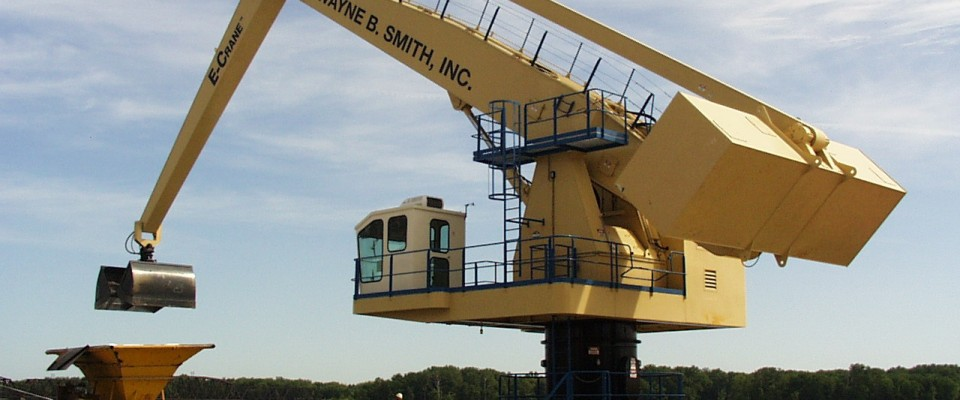 1500 Series E-Crane at Wayne B. Smith, Louisiana, MO, USA